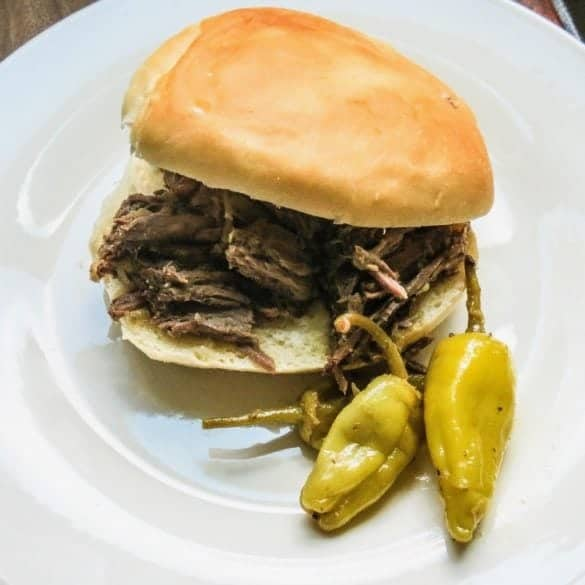 Slow Cooker Beef Sandwiches with Horseradish Sauce