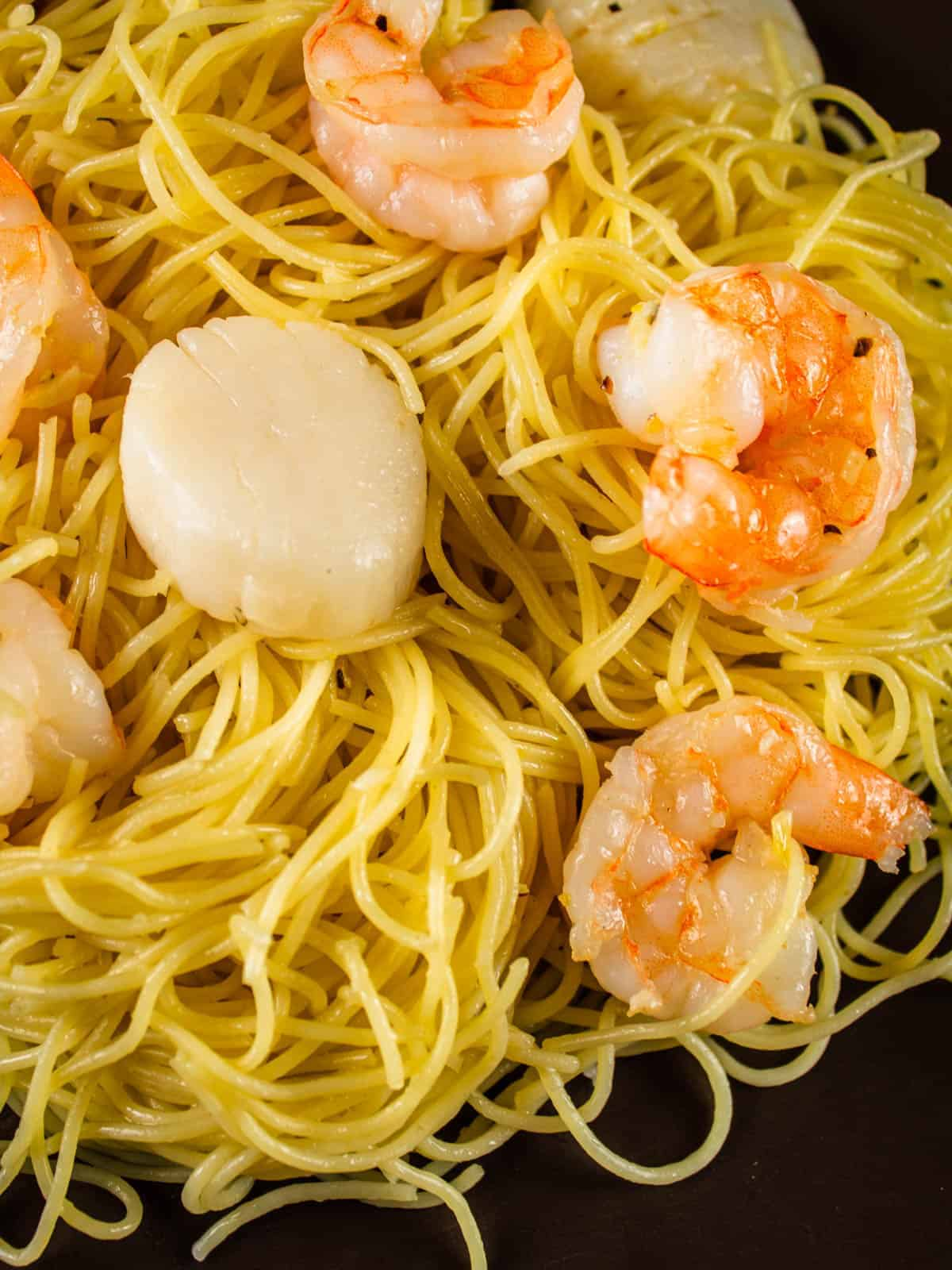 shrimp and scallops with angel hair pasta